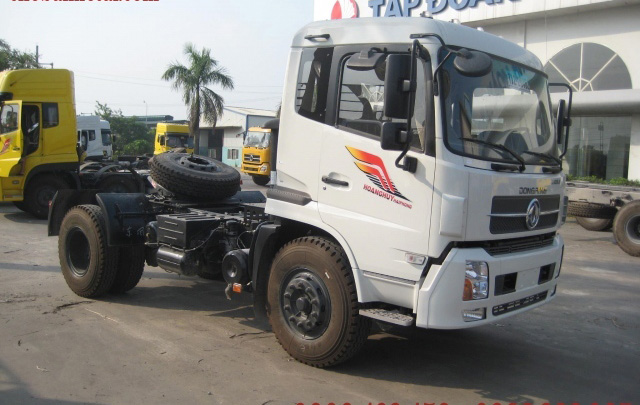 Xe đầu kéo DongFeng YC260 (4x2)