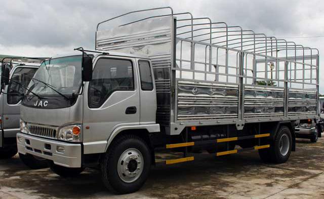 xe-tai-jac-8450kg-thung-mui-bat